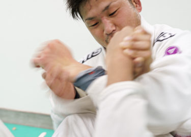 ベンチプレス120キロ!高知在住柔道有段者高橋人が語る柔道とブラジリアン柔術の違い