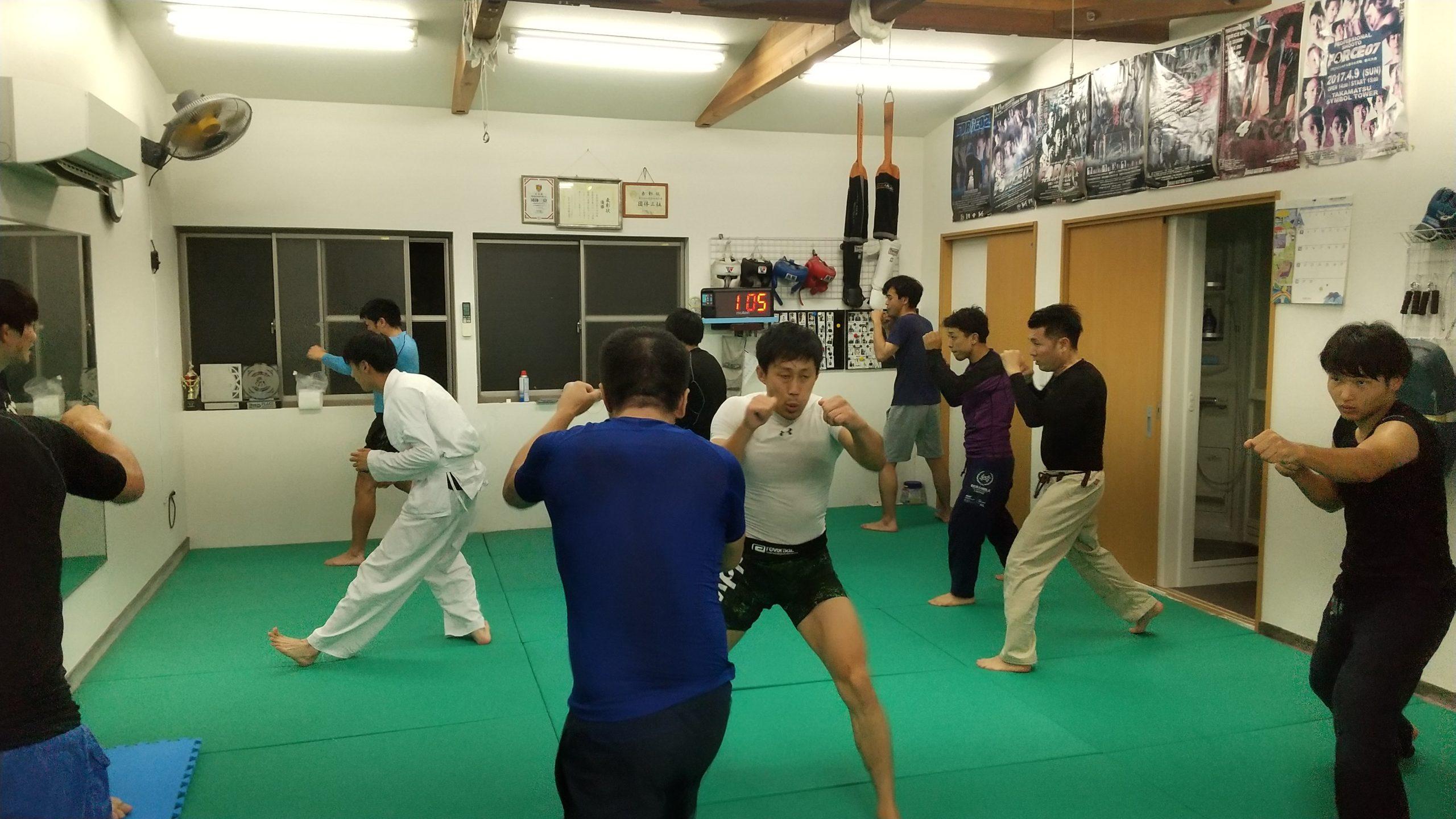 MMA打撃クラス